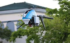 飞行基站来了!AT&T用无人机为飓风后的灾区送去网络